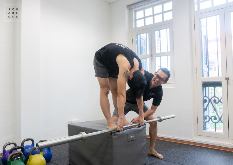 chiropractor singapore, low back exercise